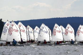 Dětské mistrovství republiky v jachtingu můžete vidět na Nových Mlýnech